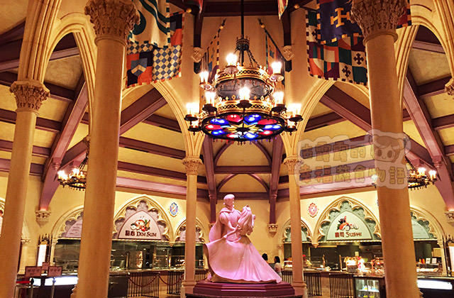 [香港] 匆忙填肚子「香港迪士尼樂園」迪士尼皇室宴會廳 (葷素