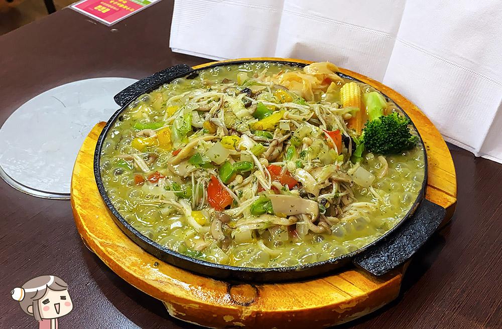 [新北] 珍味齋健康蔬食素餐館|在鐵板上演奏的美味旋律